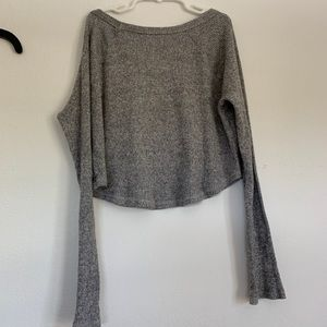 PacSun Tops - Knitted grey long sleeve crop